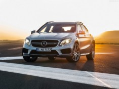 Mercedes-Benz-GLA45_AMG_2015_1600x1200_wallpaper_02_resize_1442997243